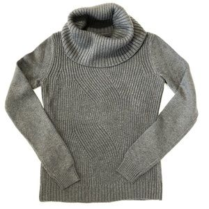 gap | funnel neck sweater.
